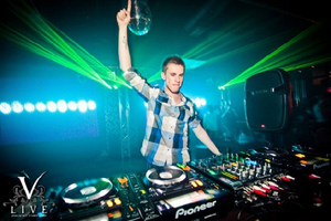 Nicky Romero Live Progressive DJ-Sets DVD Compilation (2011 - 2020)
