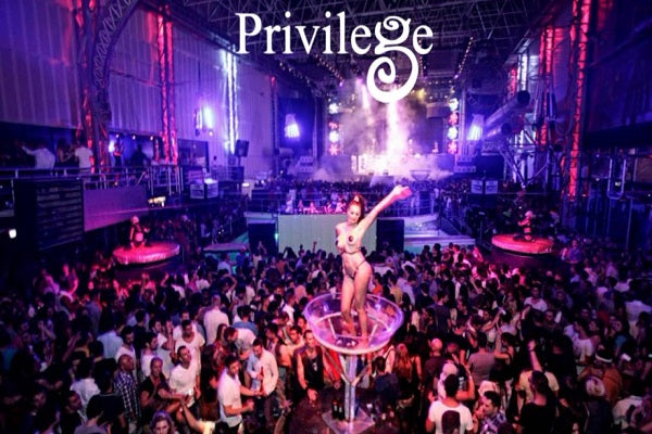 Privilege in Ibiza Live Club Nights DJ-Sets DVD / 16GB USB-DRIVE COMPILATION (1998 - 2019)