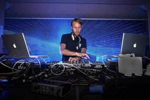 Richie Hawtin Live Techno & Tech House DJ-Sets DVD Compilation (2000 - 2005)