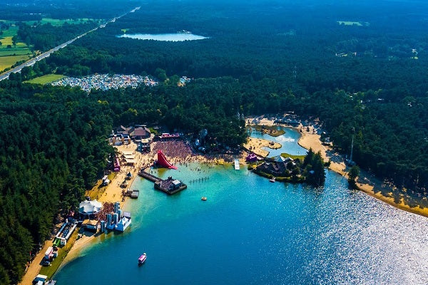 Sunrise Beach Festival in Poland Live DJ-Sets DVD Compilation (2007 - 2015)