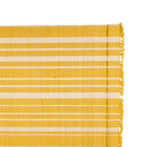 Chic Table Runner Yellow