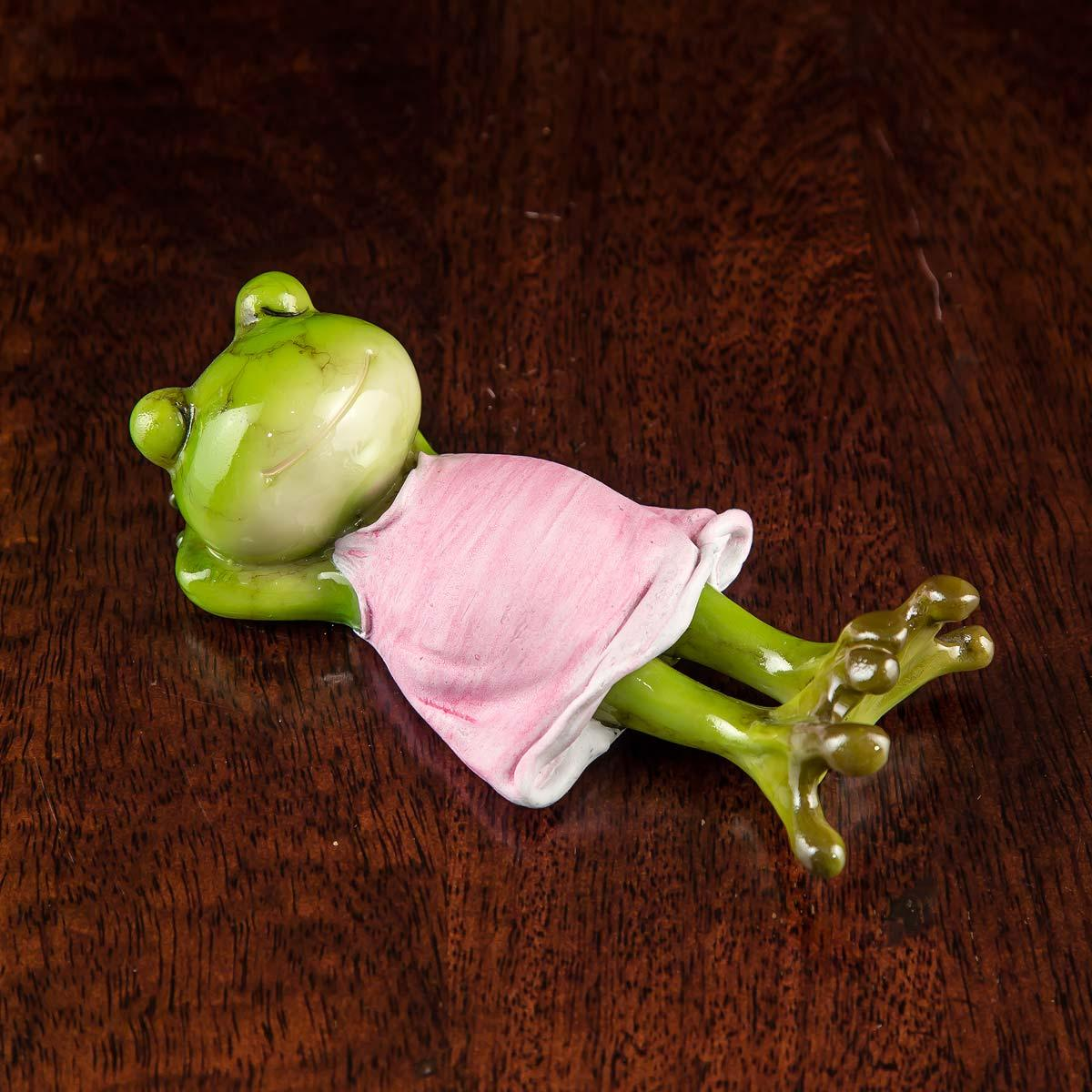Sleeping Missy Toad Green Mini Object