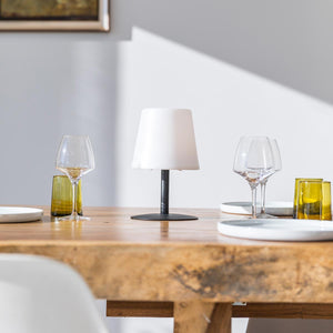 Lampe de table sans fil pied en acier noir LED blanc chaud/blanc dimmable STANDY MINI Dark H25cm - REDDECO.com