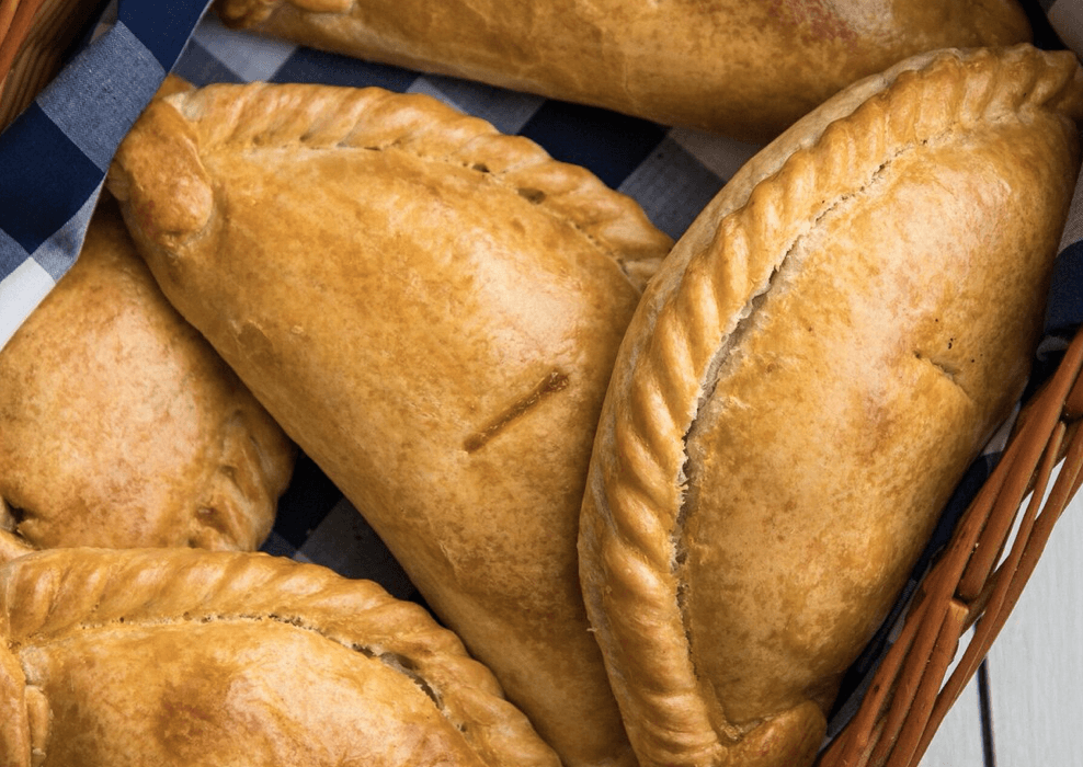 Steak & Gravy Pasty 283g. (36 No. Boxed) - Proper Pasty Company