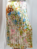 Frankie's Melbourne | Natural Floral Pleated Skirt