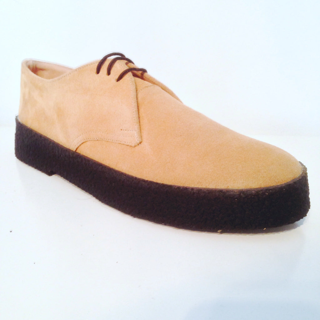 Chukka Playboy Shoes in Camel Suede