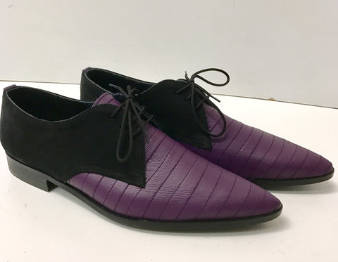 Gibson Mungo Winklepicker Shoe with Contrast Stitching in Purple Leather/Black Suede