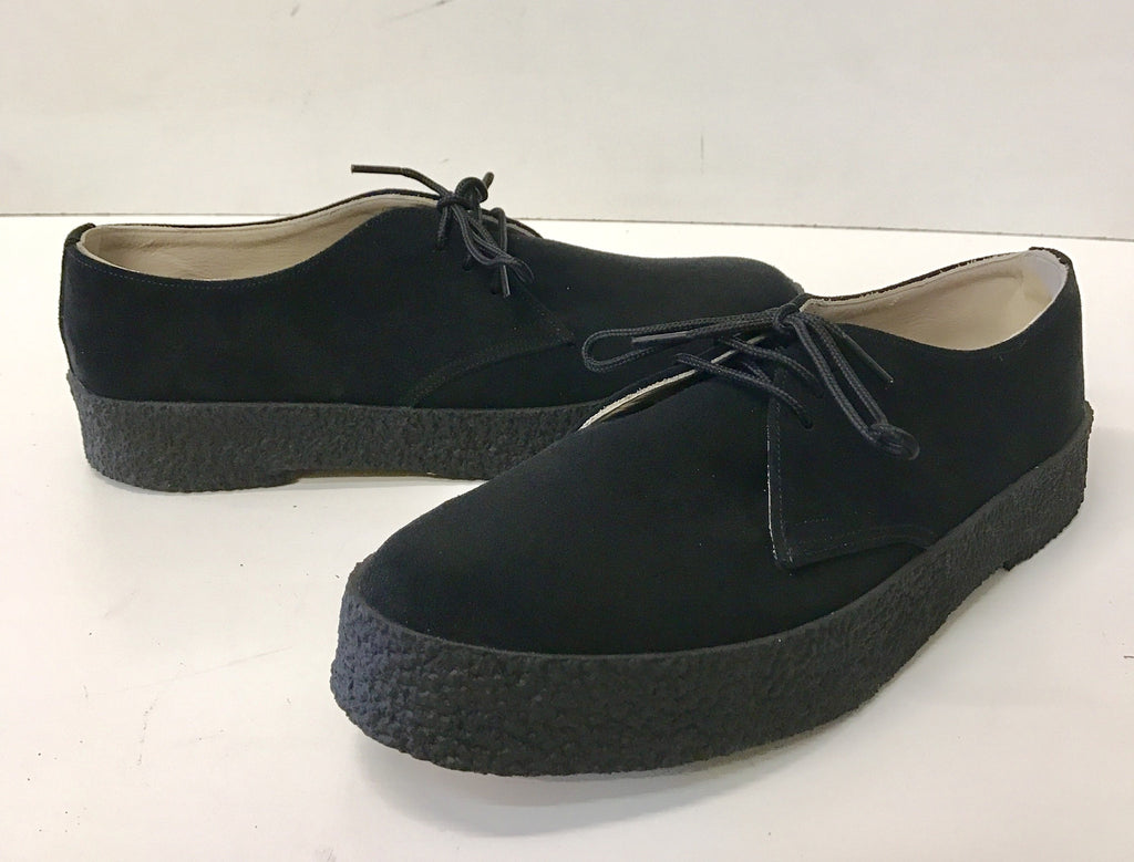 Chukka Playboy Shoes in Black Suede