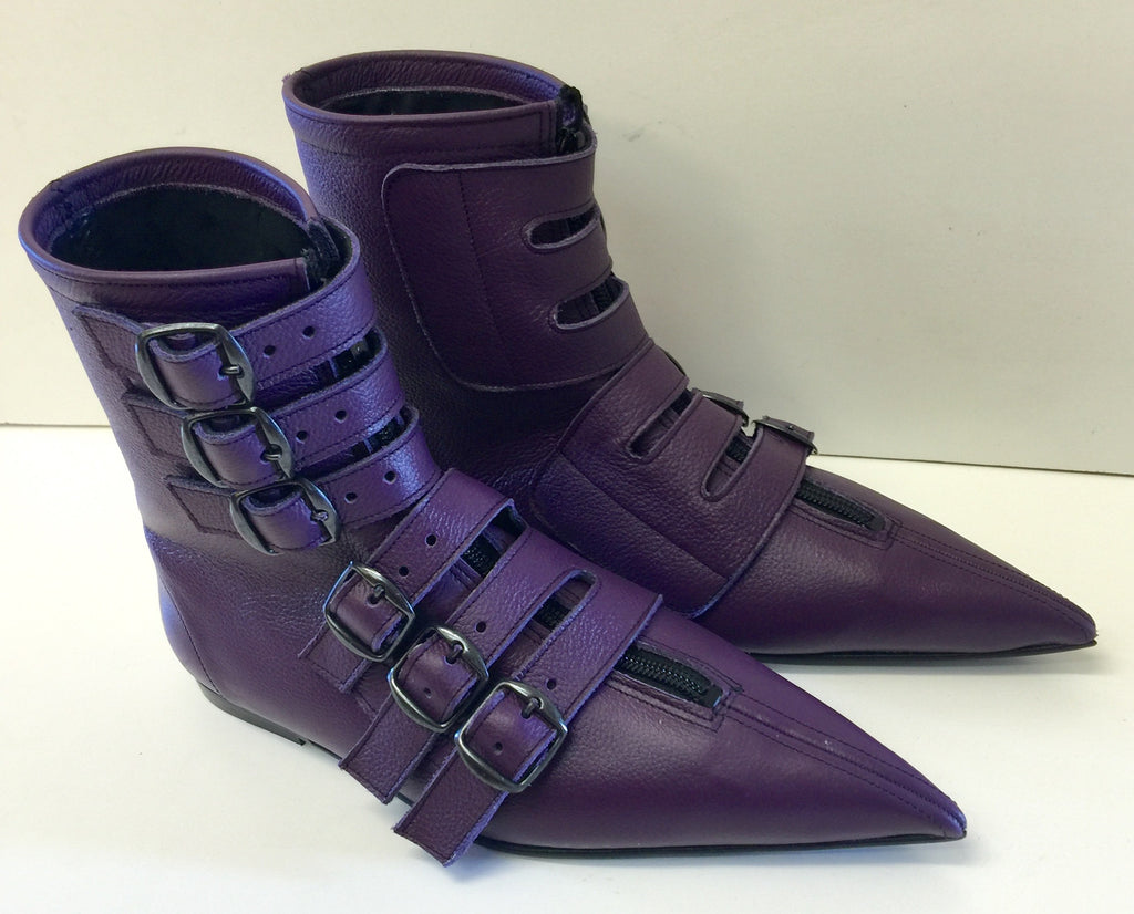 Original Pikes- 6 Black Buckle Boots in Purple Leather