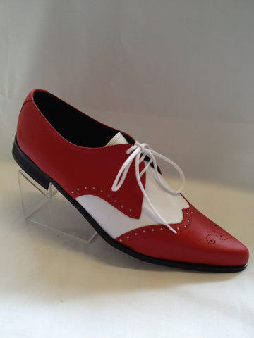 Bugsy Brogue Winklepicker Shoe in Red/White Leather