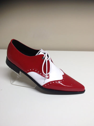 Bugsy Brogue Winklepicker Shoe in Red Patent/White Leather