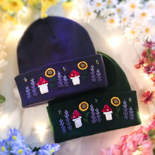 "Load image into Gallery viewer, The ""Marissa"" Beanie"