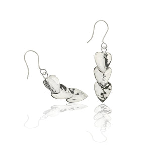 Load image into Gallery viewer, Silver Triple Hammered Heart Drop Earrings