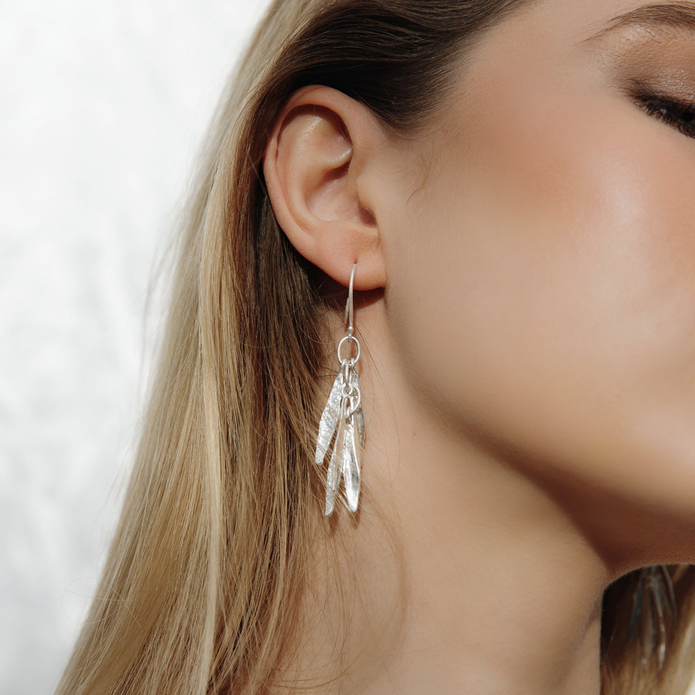 Load image into Gallery viewer, Silver Feather Drop Earrings