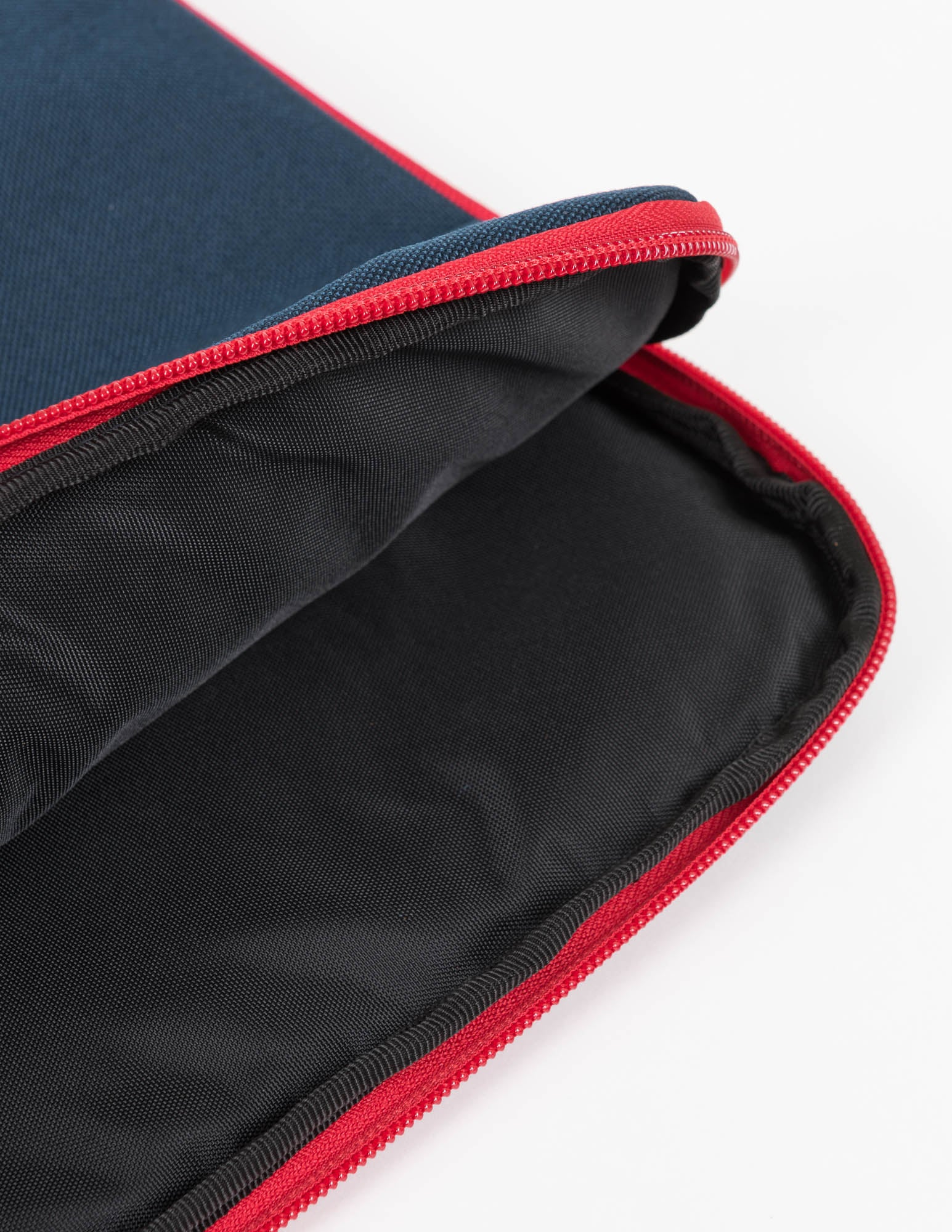 iPad Case (Navy x Red)
