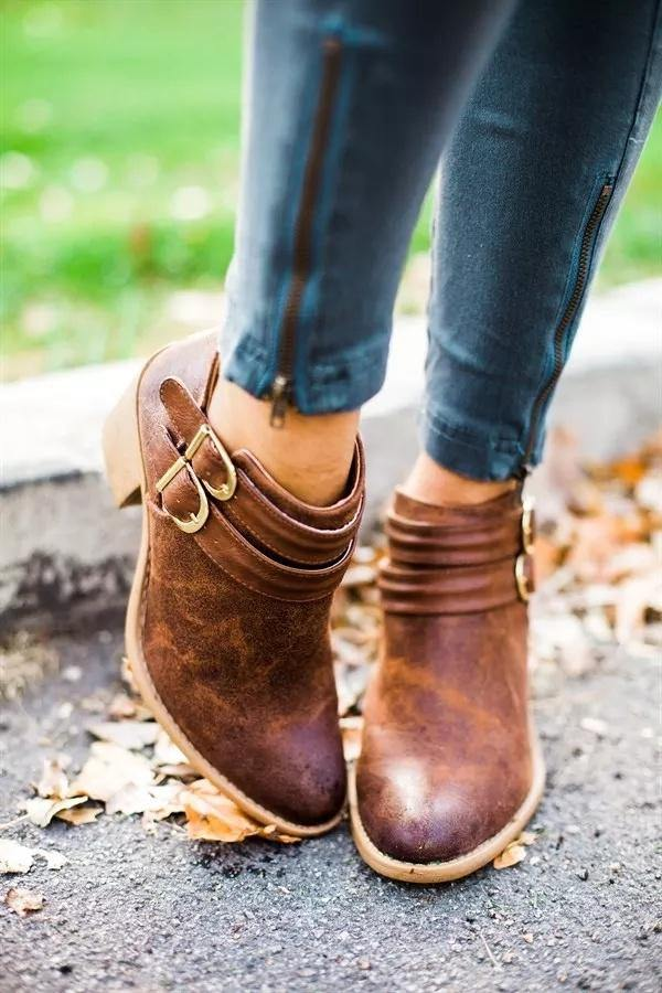Vintage Boots Buckle PU Shoes  For Women - Shop women fashion clothing, Fragrances & skin, perfumes, shoes & accessories online !