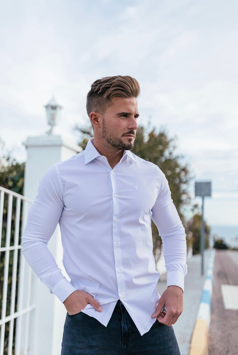 Father Sons Classic White Regular Stretch Shirt with Cutaway Collar and White Embroidery - FS591