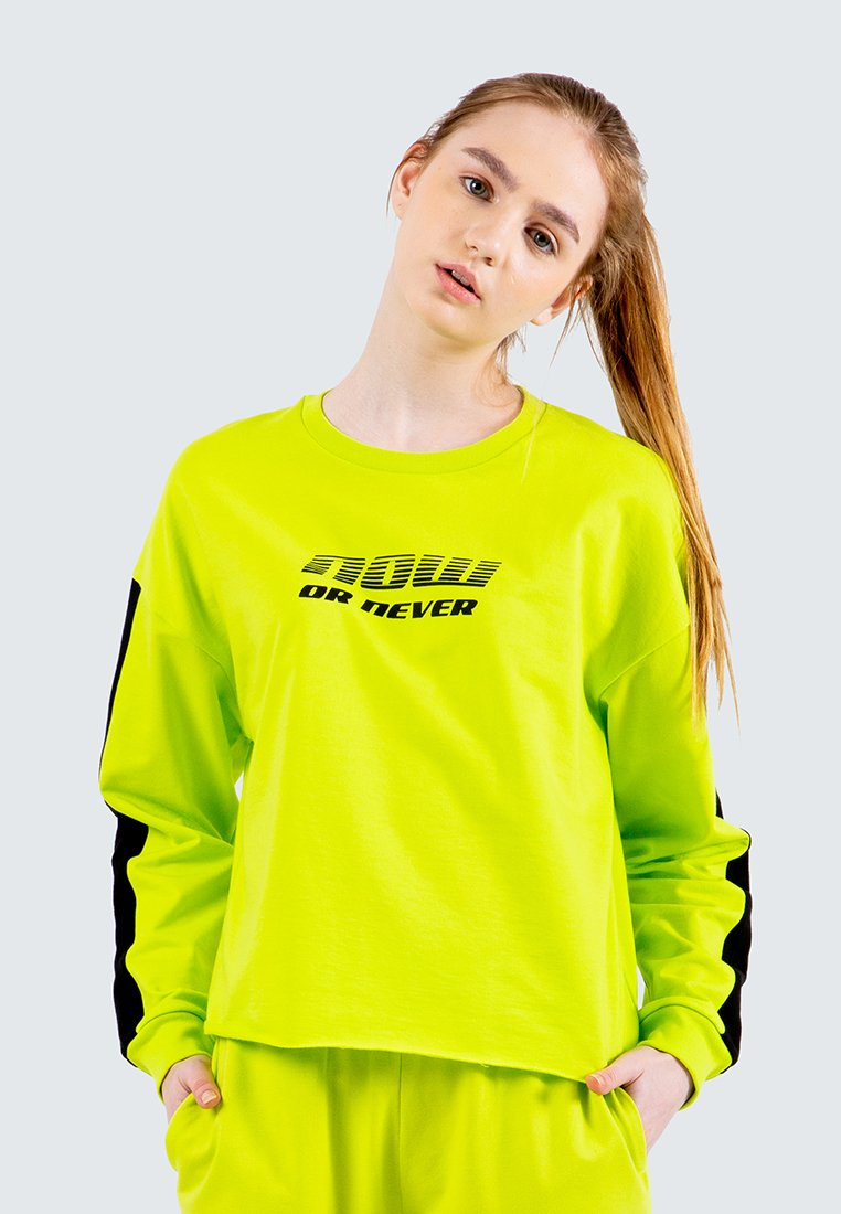 Graphic Loose Sweatshirt