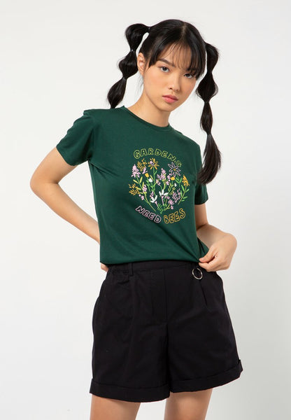 Gardens Need Bees Crew Neck T-shirt