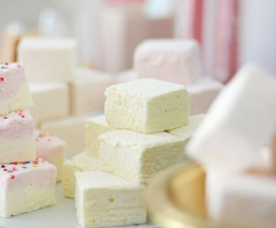 gourmet vanilla and birthday cake marshmallows
