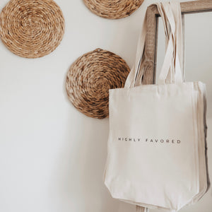 Tote// Highly Favored