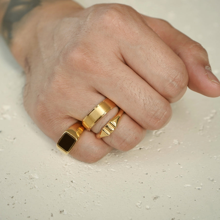 Accent Band Ring (Gold)