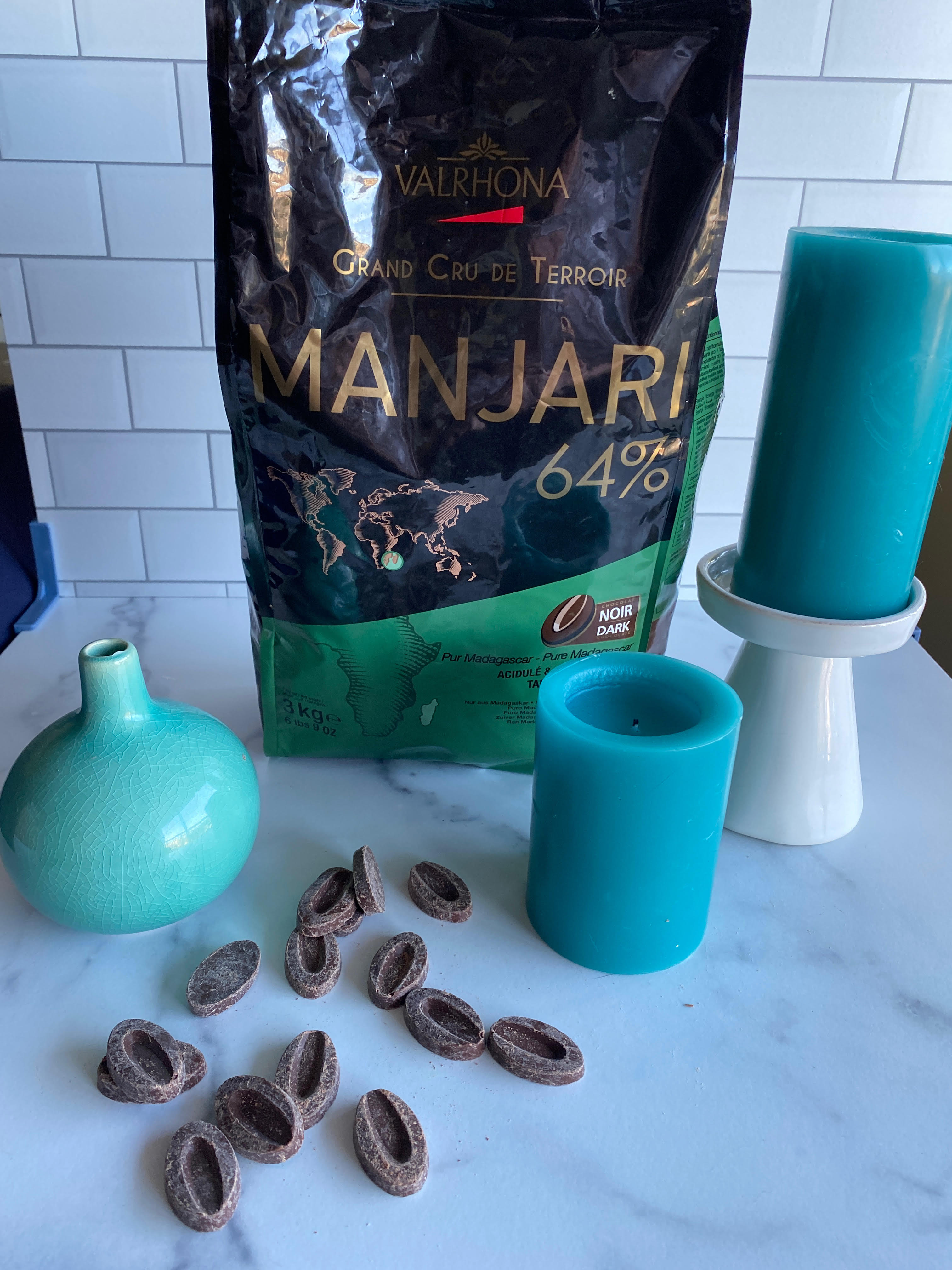 Valrhona Manjari 64% Dark Couverture Chocolate Feves