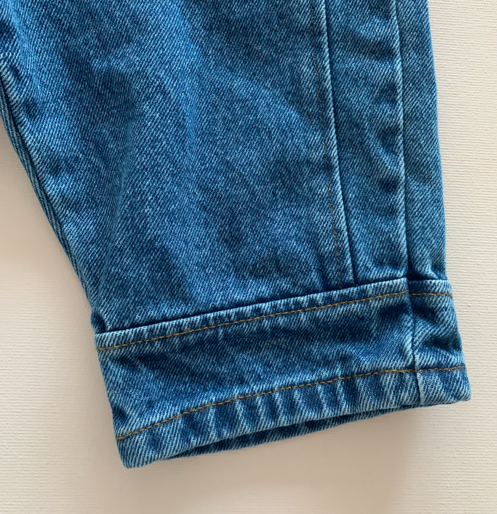 Load image into Gallery viewer, Barrel Leg Jeans