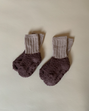 Load image into Gallery viewer, Fuzzy Colour Block Socks