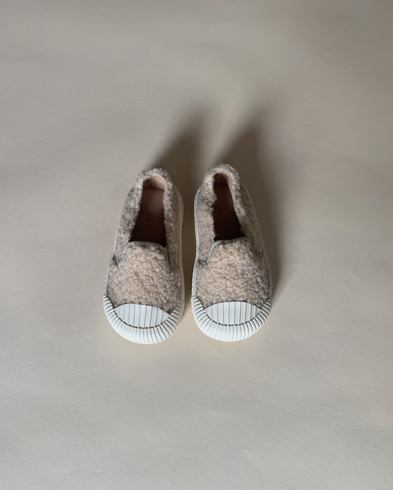 Load image into Gallery viewer, Teddy Plimsole
