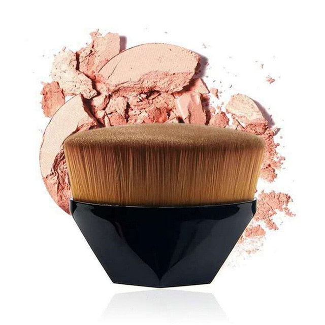 High-Density Seamless Foundation Brush
