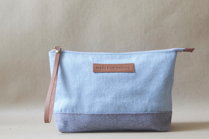 Triangle Pouch / Cloudy Sky