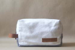 Toiletry Kit / White Steel