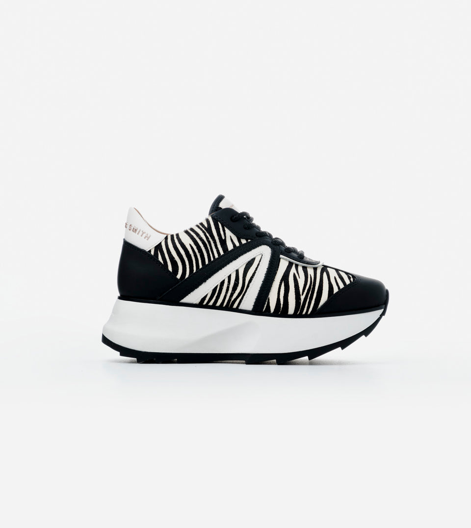 CHELSEA WOMAN ZEBRA BLACK WHITE
