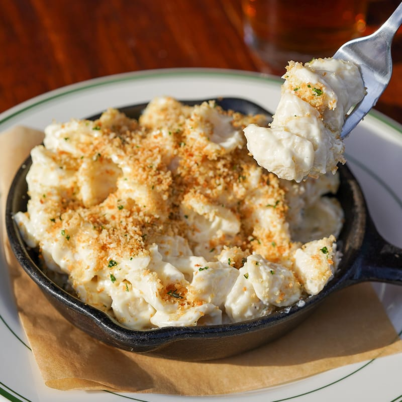 Skillet Baked Mac & Cheese