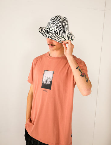 PUKAS - SURFBOARDS TEE