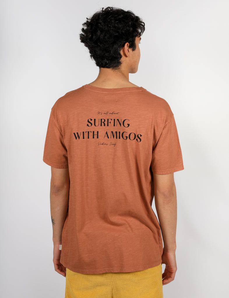 SURFING WITH AMIGOS Tee
