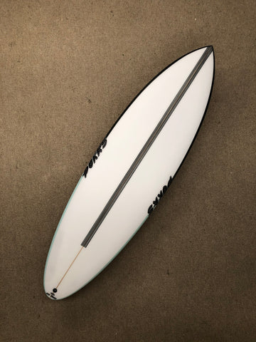"Pukas Surfboard - 69ER EVOLUTION by Axel Lorentz- 6'01"" x 20,25 x 2,56 x 33,90L - Ref:AX03500"