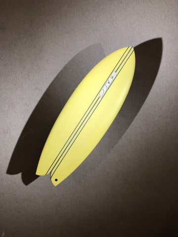 "Pukas Surfboard - WOMBI FISH by Eye Symmetry - 5'04"" x 20 1/4 x 2 1/4 x 27,4L - PE00082"