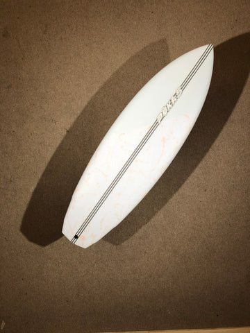 "Pukas Surfboard - DAKO ROO by Eye Symmetry - 5'8"" x 20 1/4 x 2 5/16 x 29,9L - PE00070"