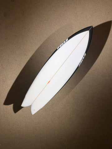 "Pukas Surfboard - PEGASO by Chris Christenson - 5'08"" x 19 1/4 x 2 1/2 - 31.72L - Ref: PC00222"