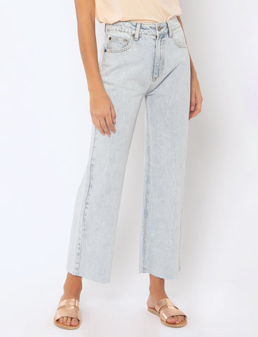 AMUSE SOCIETY - GABI CROP DENIM PANT