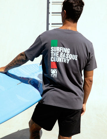 SURFING THE BASQUE COUNTRY - CLASSIC TEE