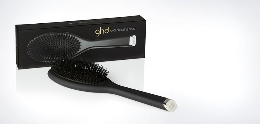 ghd oval dressing brush Perfect for dressing out curls and waves
