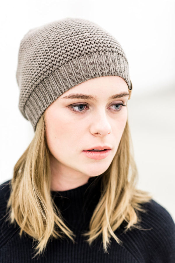 Organic merino knitted hat Seamless Bean