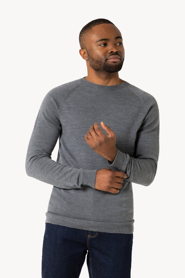 Thin Classic Crew Neck Merino Knitted Sweater | Urban Gray