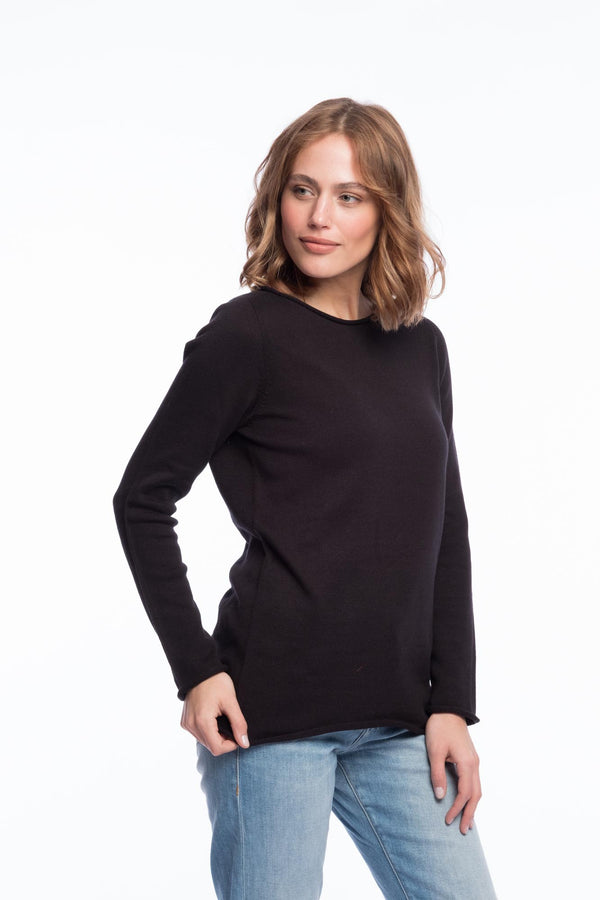 Seamless organic merino jumper | Deep black