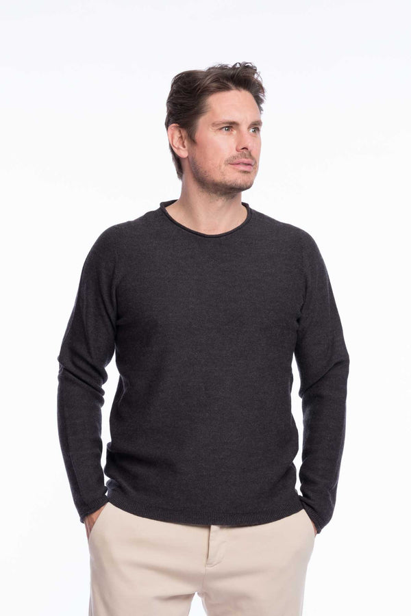 Crew neck merino knitted sweater gray