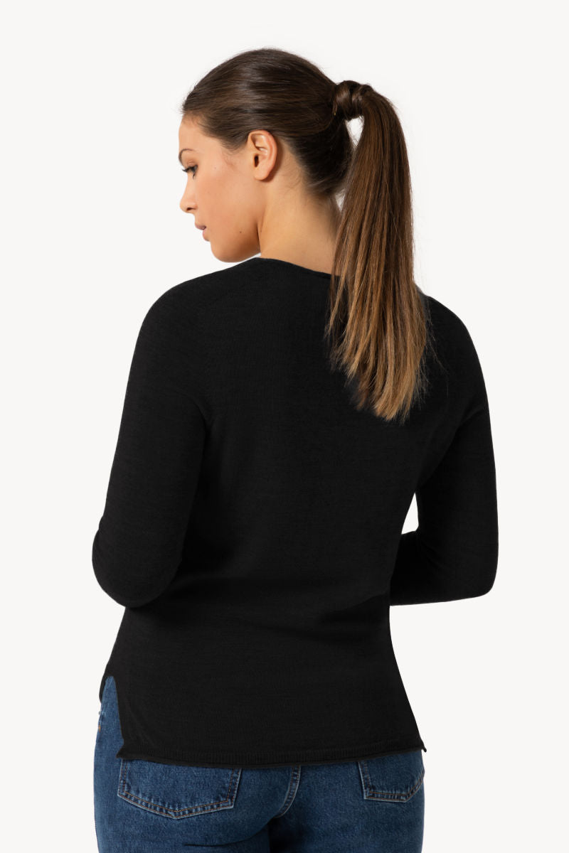 Seamless Organic Merino Thin Knit Slit | Deep black
