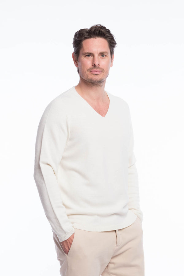 V-neck merino knit sweater White